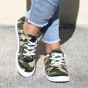 Shoes - Camouflage flats sneaker women's shoes